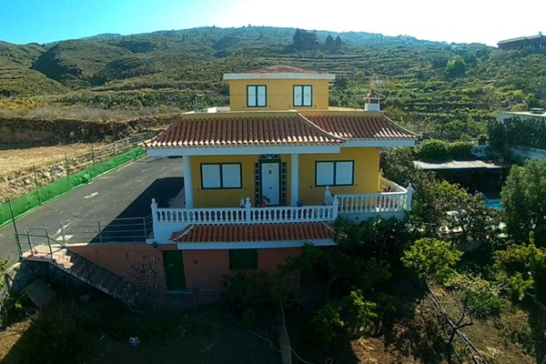 Farmhouse - Finca for sale Guia De Isora